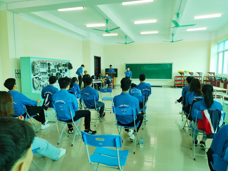 Nhiều hoạt động ý nghĩa được Liên chi đoàn Khoa Công nghệ Ô tô tổ chức chào mừng 90 năm ngày thành lập đoàn TNCS Hồ Chí Minh
