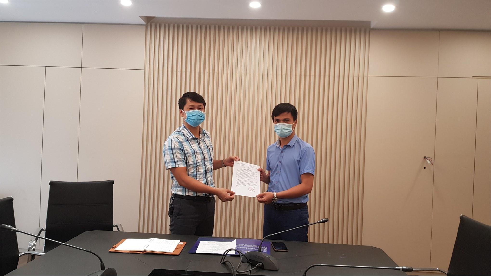 TS Vũ Hải Quân nhận quyết định giao nhiệm vụ Trưởng bộ môn ô tô
